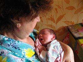 с бабушкой можно и поспать