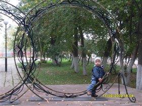 Памятник 'Кольца Любви'