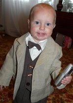Андрюша - юный джентельмен!