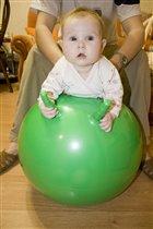 упражнение с мячом