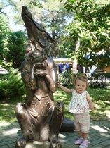 Скульптура Лисы из сказки