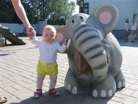 Смотрите какой слоник!!!!!