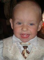 Наш маленький джентельмен:)