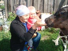 Бабуля знакомит с Буренкой