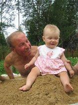 Лилианочка с дедом!