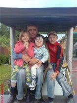 Внуки у деда - самое дорогое
