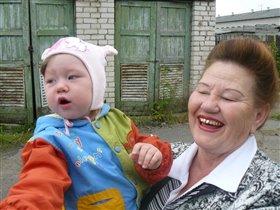 Эх ладушки были мы у бабушки!Весело с бабулей!