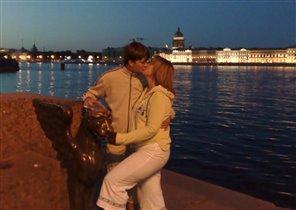 в прекрасном городе на Неве  загадываем одно желание на двоих!