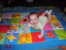 Я на коврике лежу))))