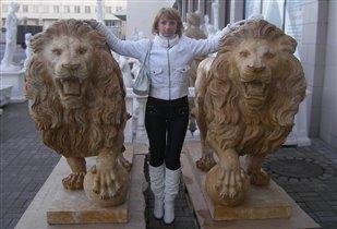Повелительница львов