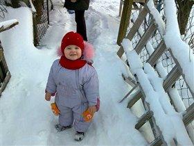 выходи скорей дружок,поиграем мы в снежок!!!