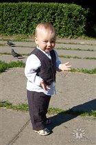 Маленький джентельмен!