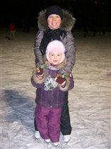 Мы с Марусей на коньках