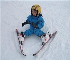 Я ещё не лыжник,я только учусь.