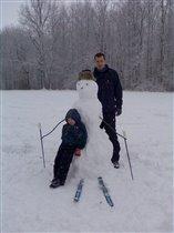Снеговик-лыжник