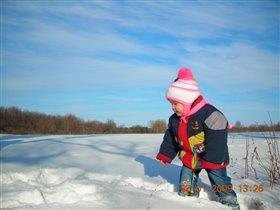 Топтышка на снегу