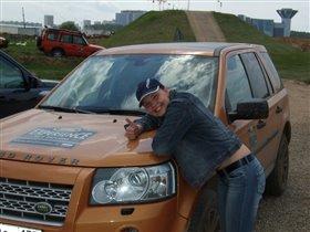 Уроки внедорожного вождения, на полигоне  land rover.
