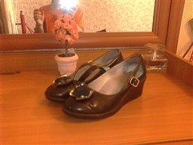 Туфли Антилопа для девочки, р.34, нат. кожа, супенатор  - 350 руб.