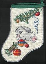 это один из риолисовских зайцев,что наряжают елку