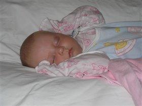 Спи, моя сладкая! Нам 1 месяц