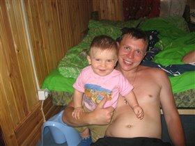 Мишенька с папой на даче