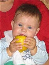 Любитель лимонов.