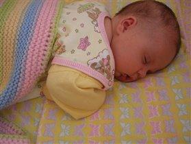Василиса Прекрасная ждёт,когда её разбудит прекрасный принц