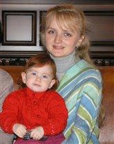 Мама Инэсса и дочь Лалочка