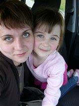 Мама с доченькой