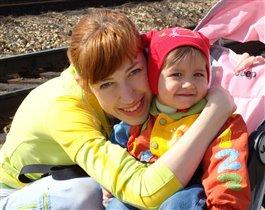 Полина с мамой