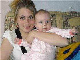 Мама Маша и дочурка Даша