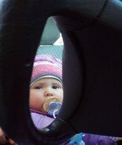 Я так еще мала, еле видно из-за руля:)