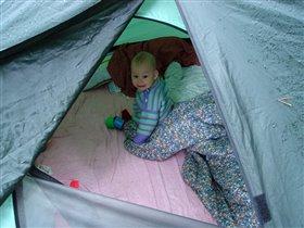 А в палатке и дождь не страшен...