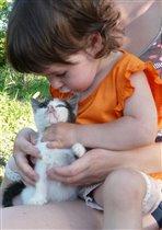 Аринка и Котёнок!
