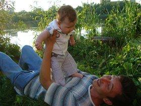 Папа выловил меня в дебрях Амазонки, но как только улизну, сразу в речку уплыву!