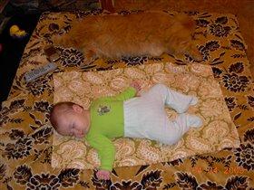 Как сладко спиться вдвоем!