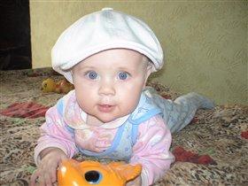 младшенькая доченька Таисия