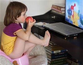 С 3 лет ноутбук-моя любимая игрушка!
