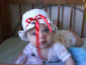 Как прелестна, правда мама, моя белая панама!