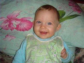 А эту я улыбку мамочке дарю!:))