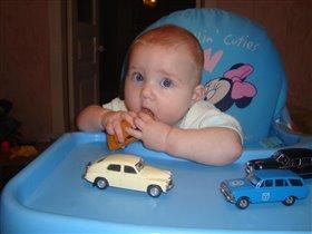 когда я выросту, папа мне купит машину???
