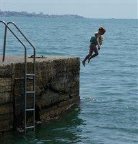 Мама, я хочу быть водолазкой :)       ( Полинке 4 года)