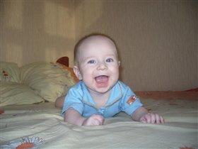 Как умеем, так и улыбаемся;)