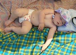 Уморилась на солнышке