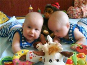 Любимые игрушки Андрюшки и Ванюшки