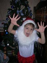 Мой сынок радуется новому 2007г.