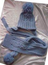 комплект шапка+шарф с аранскими узорами и помпонам
