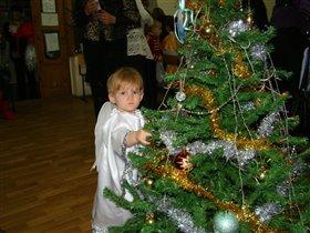 Рождественский ангел зажигает огни!!!!