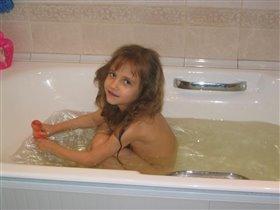 'Дочку' искупаю, а потом и сама помоюсь.
