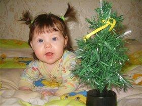 Маленькая елочка для маленькой девочки